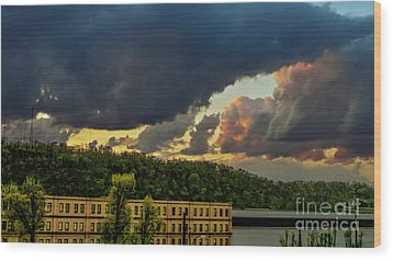 Storm Clouds Rolling In Wood Print