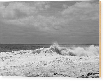 Rolling Surf  Wood Print
