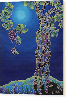 Romance On The Vine Wood Print by Sandi Whetzel