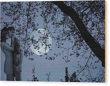 Wood Print featuring the photograph Romantic Moon 2  by Angel Jesus De la Fuente