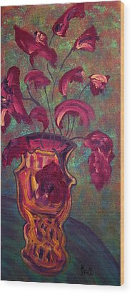 Romantic Vase  Wood Print by Oscar Penalber