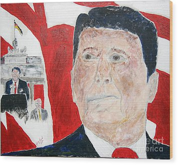 Ronald Reagan And Mikhail Gorbachev Tear Down These Walls Wood Print by Richard W Linford