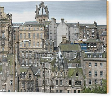 Roofs Of Edinburgh  Wood Print by Suzanne Oesterling