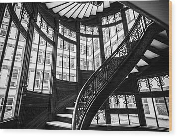 Rookery Building Winding Staircase And Windows - Black And White Wood Print