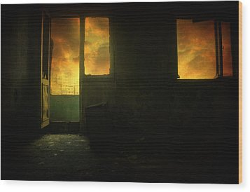Room 9  Wood Print by Taylan Apukovska