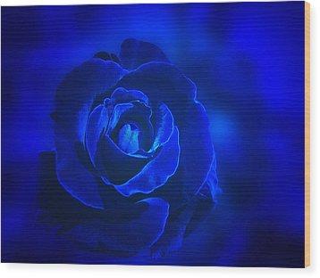Rose In Blue Wood Print by Sandy Keeton