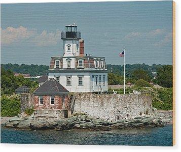 Rose Island Lighthouse Wood Print by Nancy De Flon