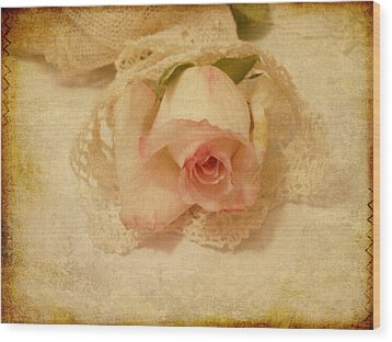 Wood Print featuring the photograph Rose With Vintage Feel by Sandra Foster