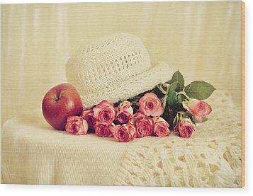 Roses With Apple Wood Print by Gynt Art