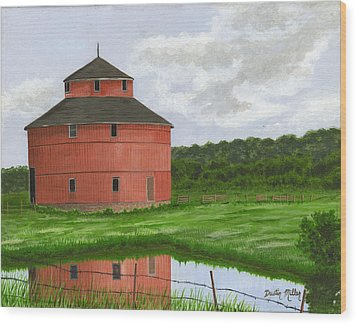 Round Barn Wood Print by Dustin Miller
