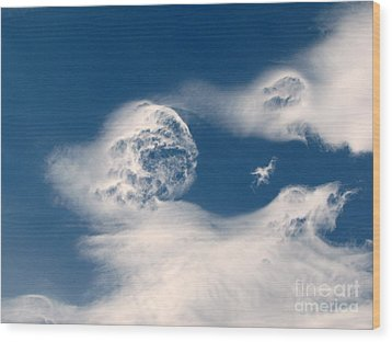 Round Clouds Wood Print by Leone Lund