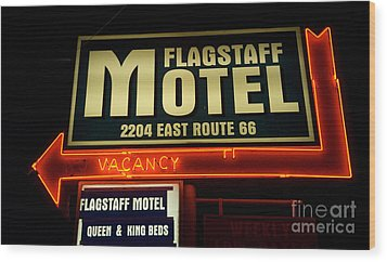 Route 66 Flagstaff Motel Wood Print by Bob Christopher