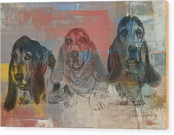 Row Of Basset Hounds Wood Print