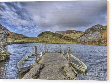 Row Ya Boat  Wood Print by Darren Wilkes