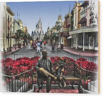 Roy And Minnie Mouse Walt Disney World Wood Print by Thomas Woolworth