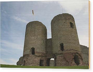 Wood Print featuring the photograph Ruddlan Castle by Christopher Rowlands