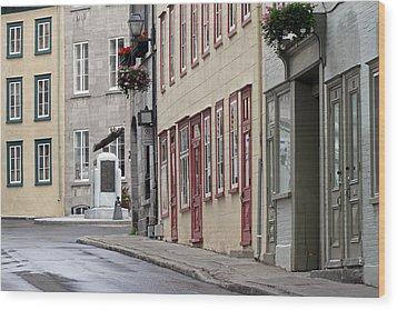 Rue De Jardiens In Quebec City Wood Print by Juergen Roth