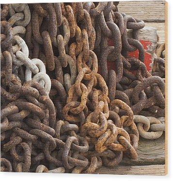 Rust Chains Wood Print by Lora Lee Chapman