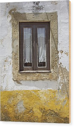 Rustic Window Of Medieval Obidos Wood Print by David Letts