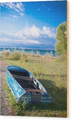 Rusty Blue Boat Wood Print by Sofia Walker