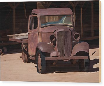Rusty Truck 04 Wood Print by Wally Hampton
