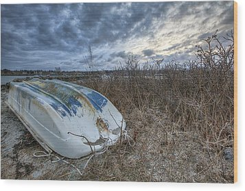 Rye Dinghy Wood Print by Eric Gendron