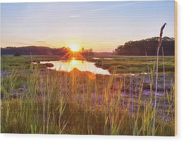 Rye Marsh Sunset Wood Print by Eric Gendron