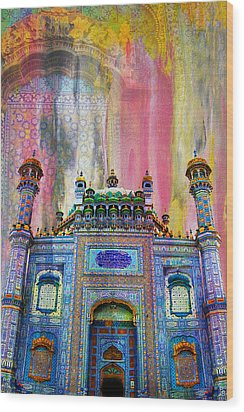 Sachal Sarmast Tomb Wood Print by Catf