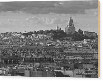 Sacre Coeur Over Rooftops Black And White Version Wood Print by Gary Eason