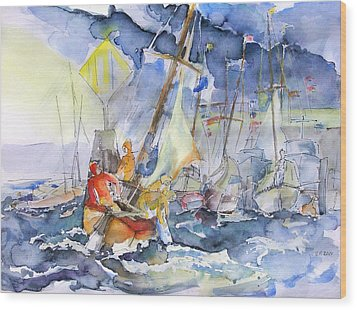 Safe And Sound Back At The Port Wood Print by Barbara Pommerenke