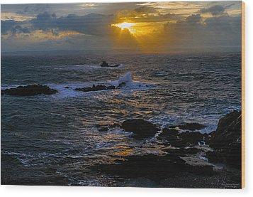 Sail Rock Sunrise Wood Print by Marty Saccone