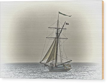 Sailing Off Wood Print by Jack R Perry