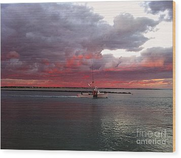 Sailors Delight 2 Wood Print by Amazing Jules