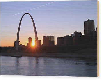 Saint Louis Arch Sunset Wood Print by David Yunker