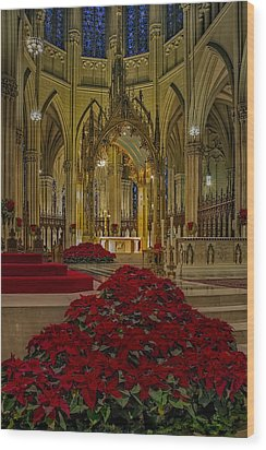 Saint Patricks Cathedral Wood Print by Susan Candelario