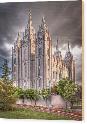 Salt Lake Temple Wood Print by Niels Nielsen