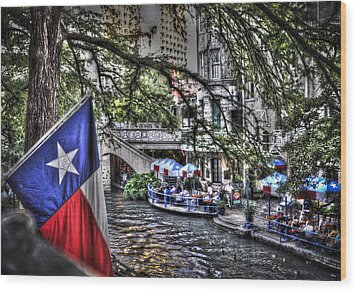 San Antonio Flag Wood Print
