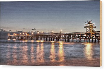 San Clemente Pier At Night Wood Print by Richard Cheski