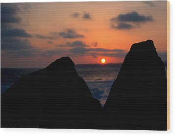 Wood Print featuring the photograph San Clemente Rocks Sunset by Matt Harang