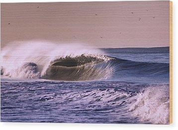 San Clemente Wave Wood Print by Bob Hasbrook