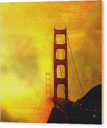 San Francisco Golden Gate Bridge Commute In Sun And Fog Wood Print