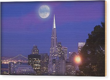 San Francisco - A Golden Handcuff Wood Print