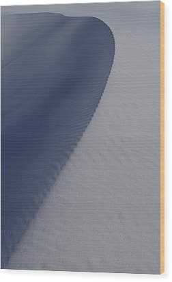 Sand Dunes At White Sands National Monument Wood Print by Jetson Nguyen