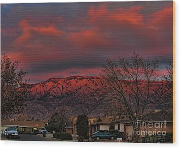 Sandia Moutains At Sunset Wood Print