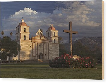 Wood Print featuring the photograph Santa Barbara Mission Mg_6324 by David Orias