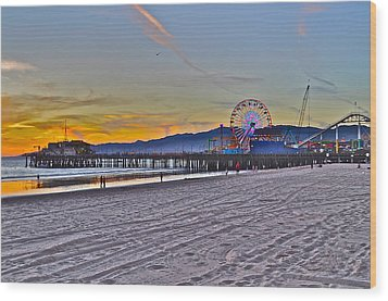 Santa Monica Pier At Dusk Wood Print