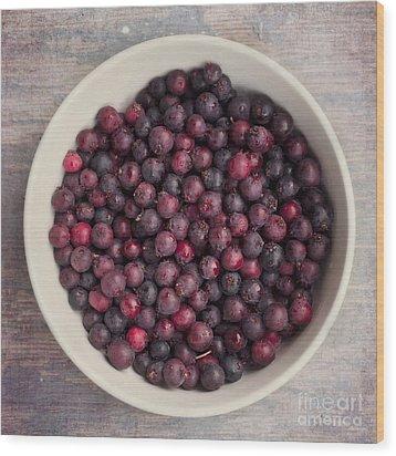 Saskatoon Berries Wood Print by Priska Wettstein