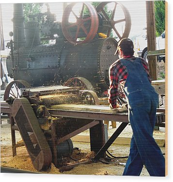 Sawmill Planer In Action Wood Print by Pete Trenholm