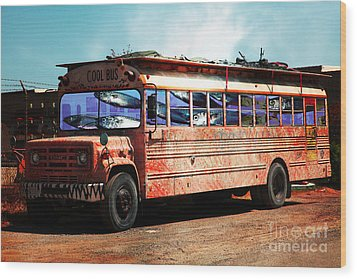 Wood Print featuring the photograph School Bus 5d24927 by Wingsdomain Art and Photography