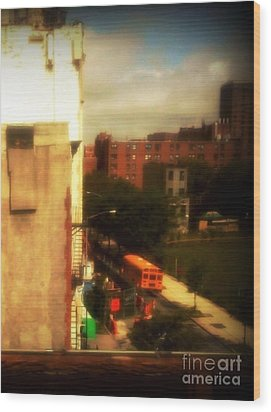 School Bus - New York City Street Scene Wood Print by Miriam Danar